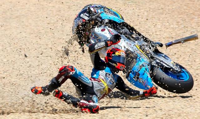 Rabat, señalizando una parcela. Foto: MotoGP