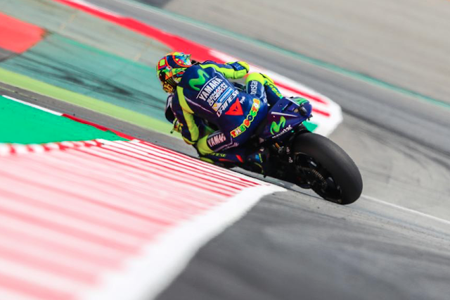 Rossi, en la chicane. Foto: MotoGP