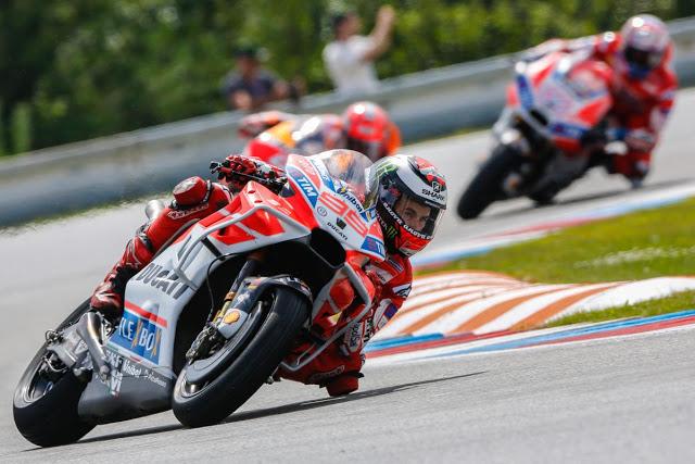 Lorenzo salió como un disparo. Foto: MotoGP