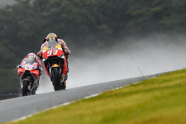 Márquez y Dovi pelearon como los grandes. Foto: MotoGP
