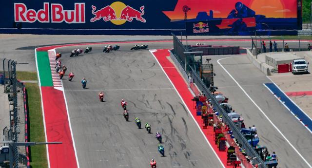 Entre esta imagen y la de meta, pocas diferencias, aparte las distancias. Foto: MotoGP