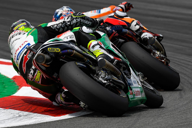 Finalmente, Crutchlow rebasó a Pedrosa. Foto: MotoGP