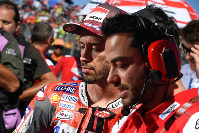 Mal cutis. Se le quedó peor cara. MotoGP