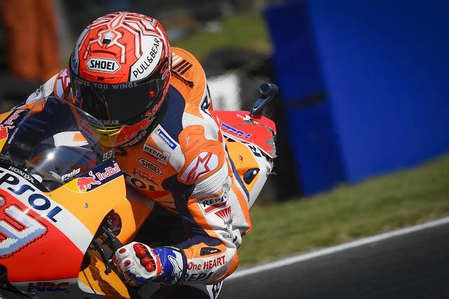 Nótese el colín (el de la foto). MotoGP