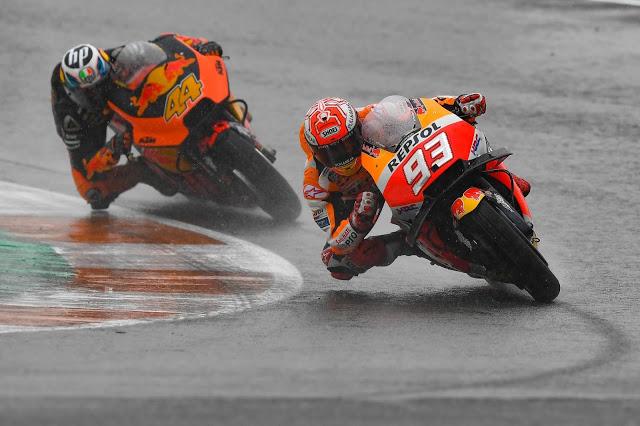 Marc y Pol se las tuvieron tiesas antes de caer ambos. MotoGP