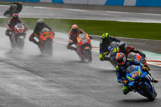 Primeros compases de la segunda carrera. MotoGP